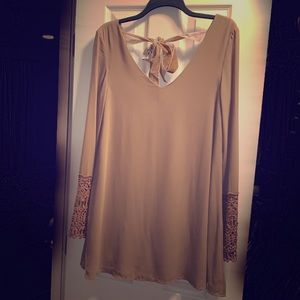 umgee Blouse/dress with crochet sleeves - Small